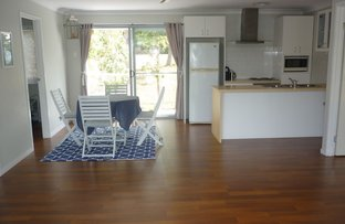 12 Yacht St., Russell Island QLD 4184
