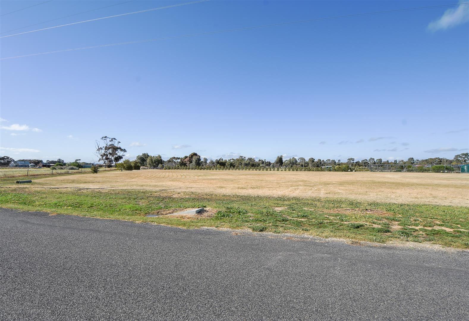 16 Holes Road, Haven VIC 3401, Image 0