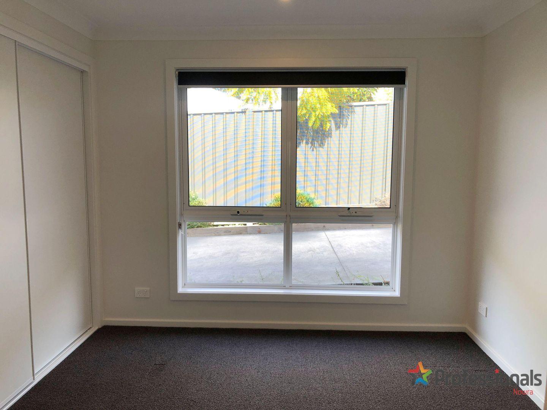 2/13 Burr Avenue, Nowra NSW 2541, Image 1