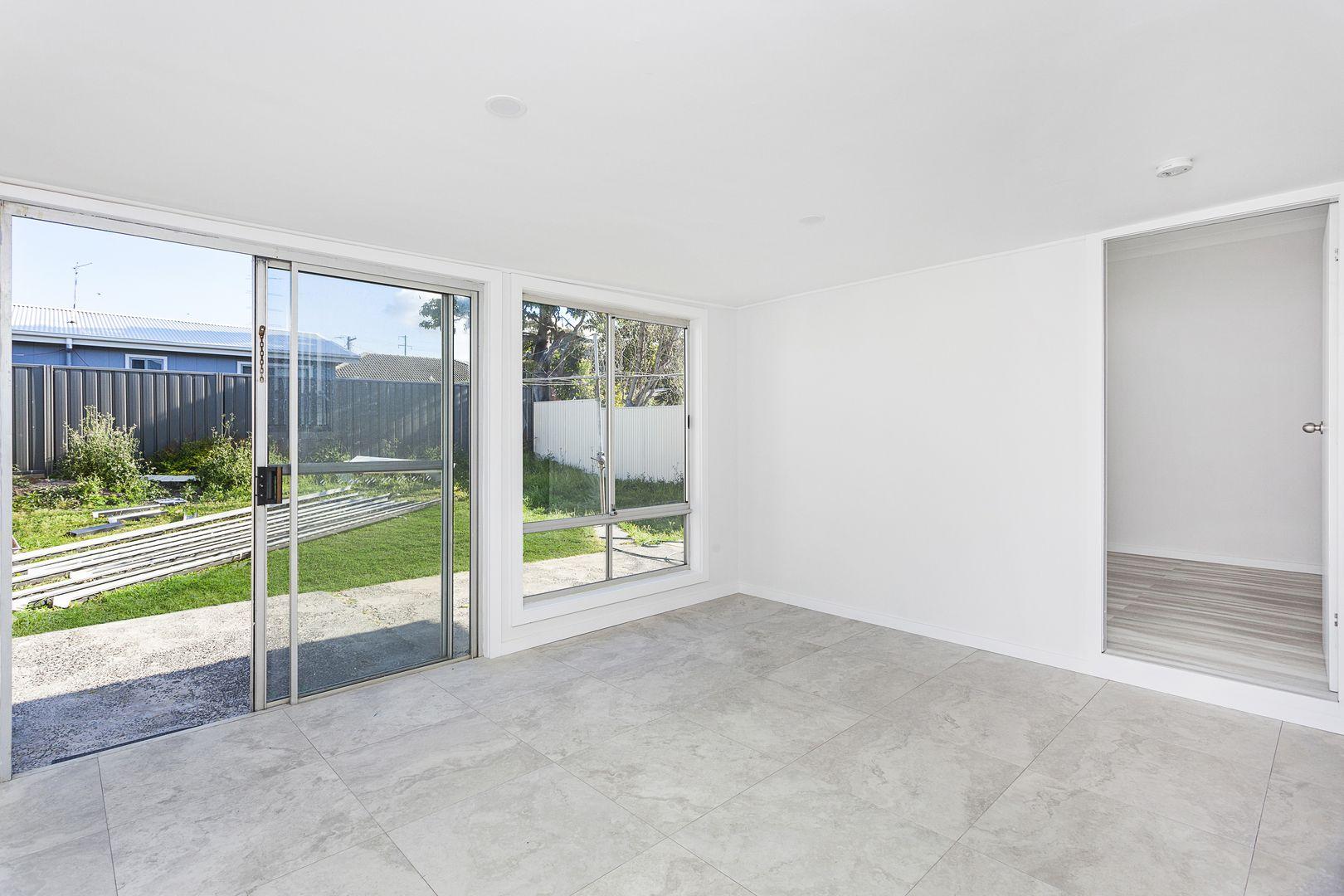 19 Daphne Street, Barrack Heights NSW 2528, Image 2