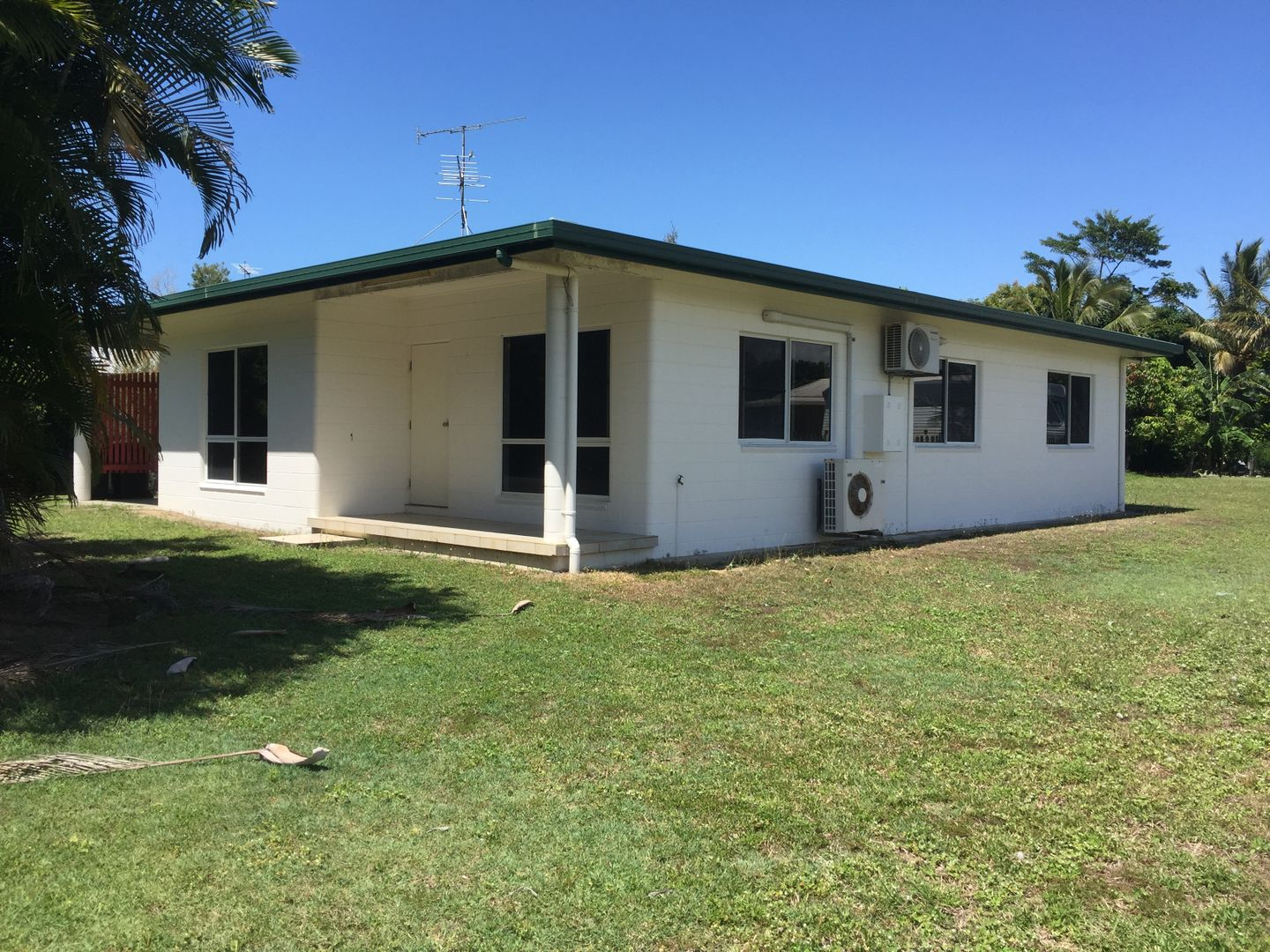 102 Tully Heads Rd, Tully Heads QLD 4854, Image 0