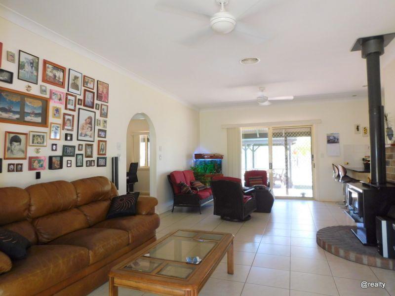 48 Simpson Road, Benarkin QLD 4306, Image 2