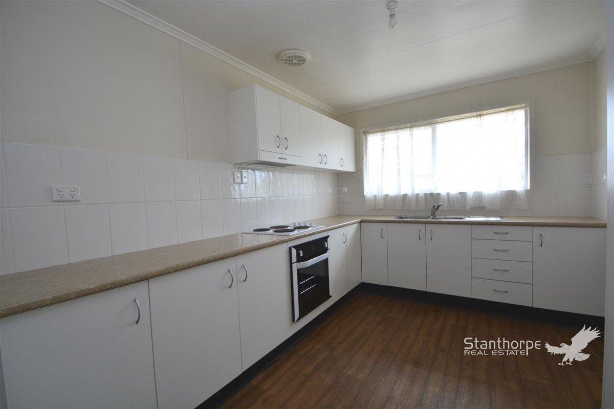 146 Folkestone Street, Stanthorpe QLD 4380, Image 2