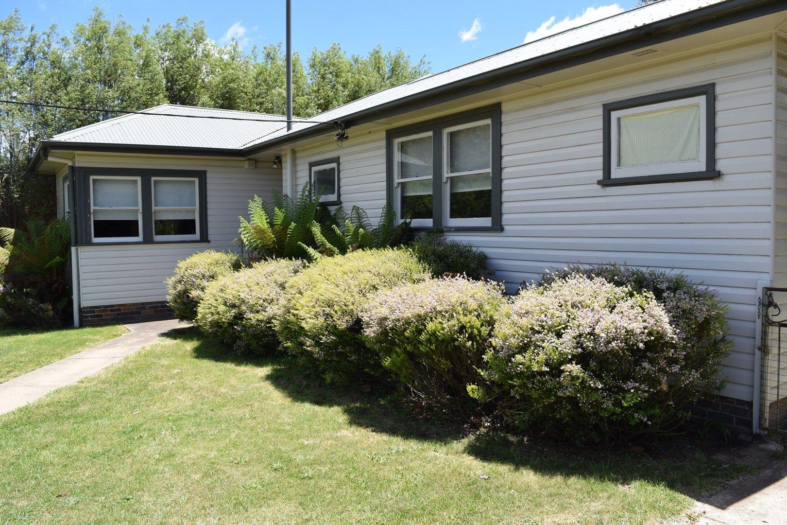 23 Ebor Road, Guyra NSW 2365, Image 0