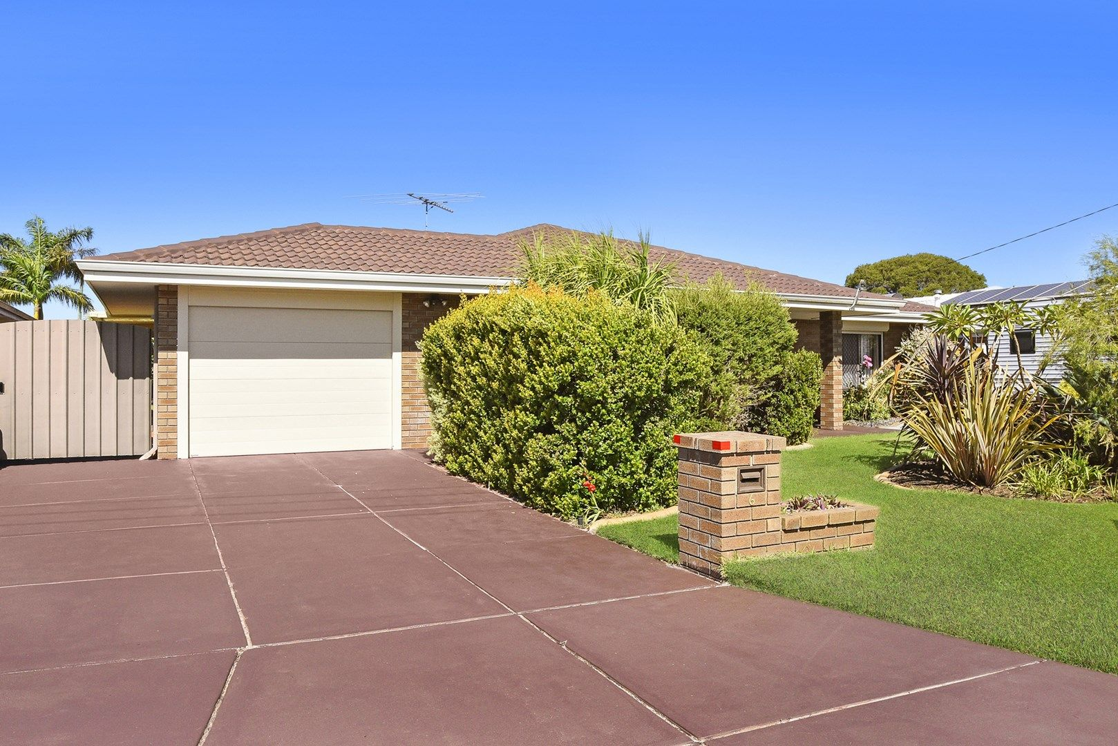 6 Weir Place, Morley WA 6062, Image 0