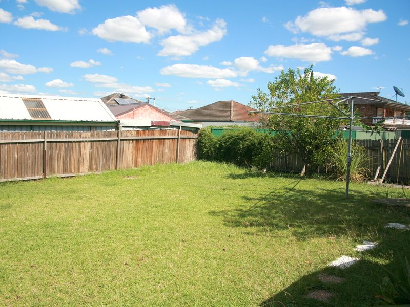 104 Torrens St, Canley Heights NSW 2166, Image 8