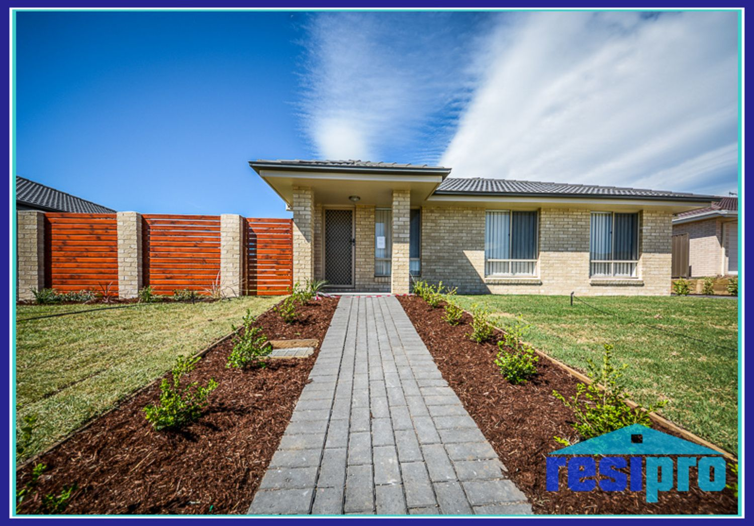 8A Hepburn Close, Rutherford NSW 2320, Image 0