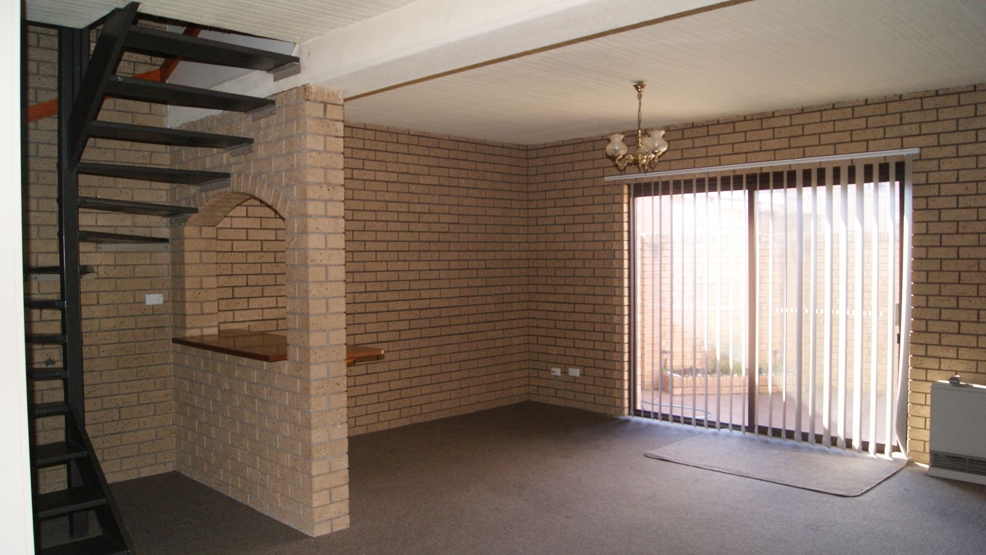 4/411 Bevan Street, Lavington NSW 2641, Image 2