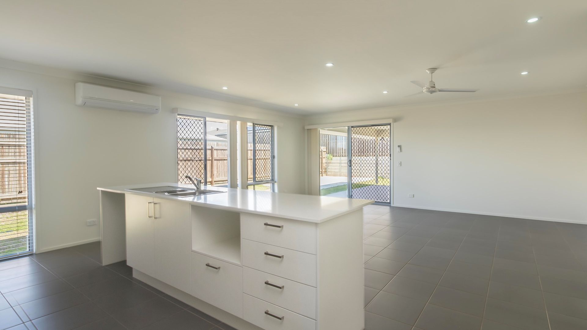 2 Bauer Street, Urraween QLD 4655, Image 1