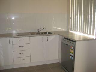 2/10 Elle Court, Warner QLD 4500, Image 2