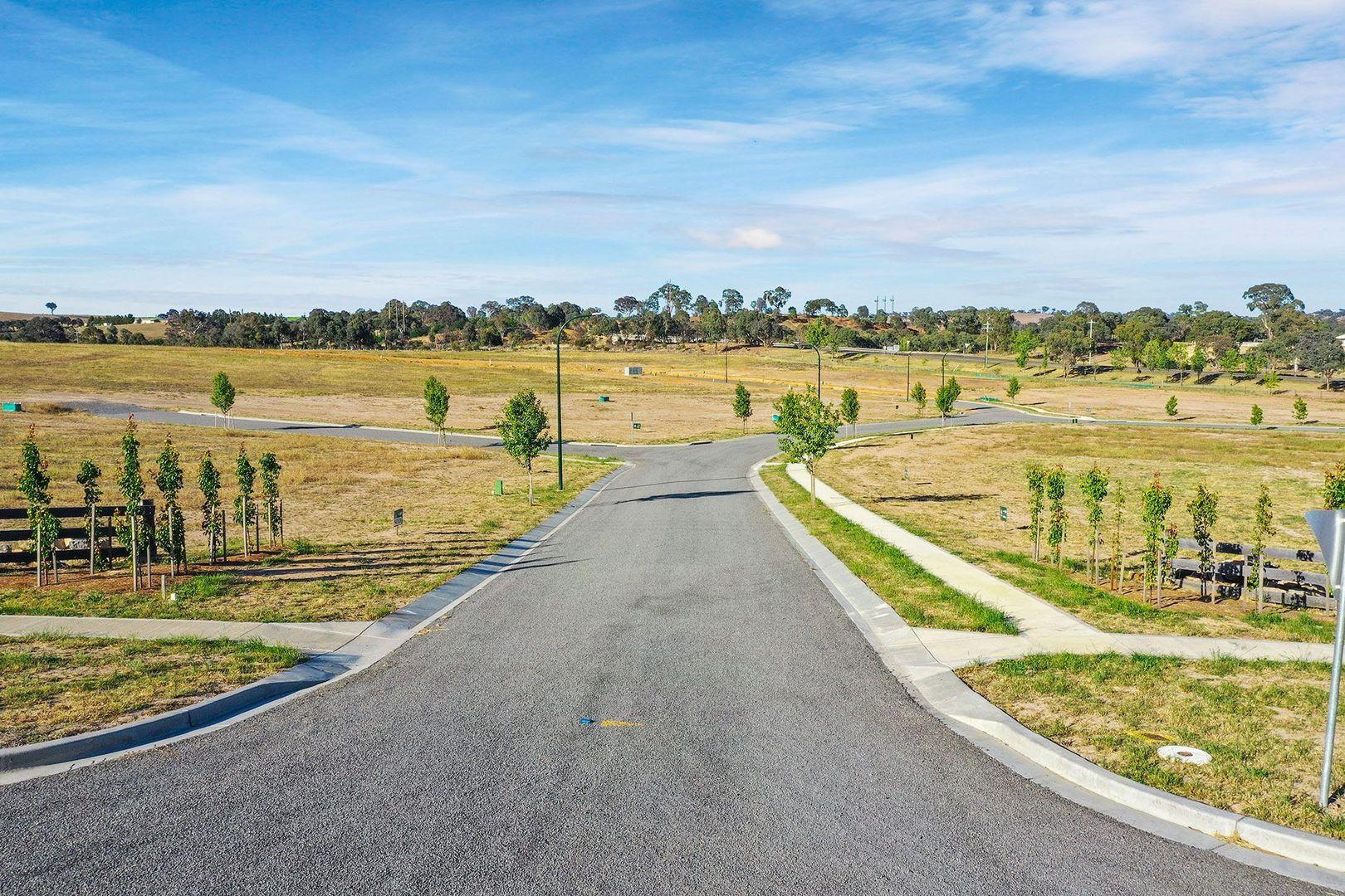 2 Green Avenue, Gunning NSW 2581, Image 1