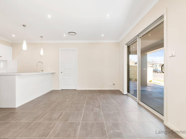 66- Bryant Avenue, Middleton Grange NSW 2171, Image 2