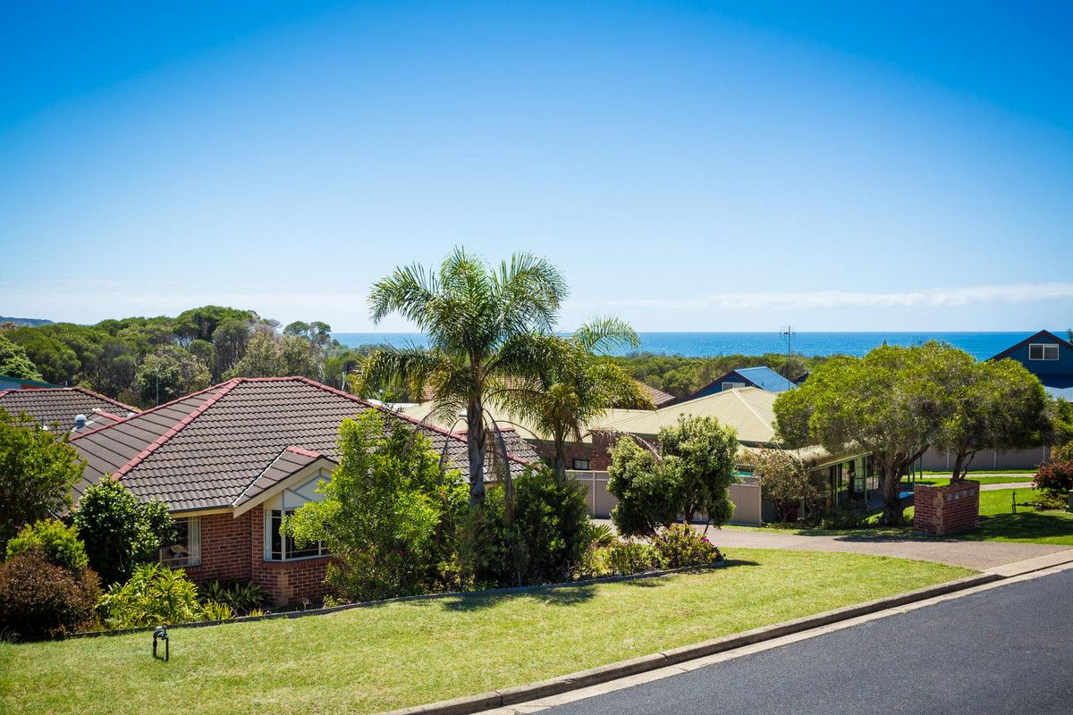 1/5 Banksia Court, Tura Beach NSW 2548, Image 2