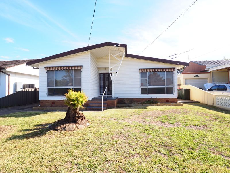 8 Annette Street, Cabramatta West NSW 2166, Image 0