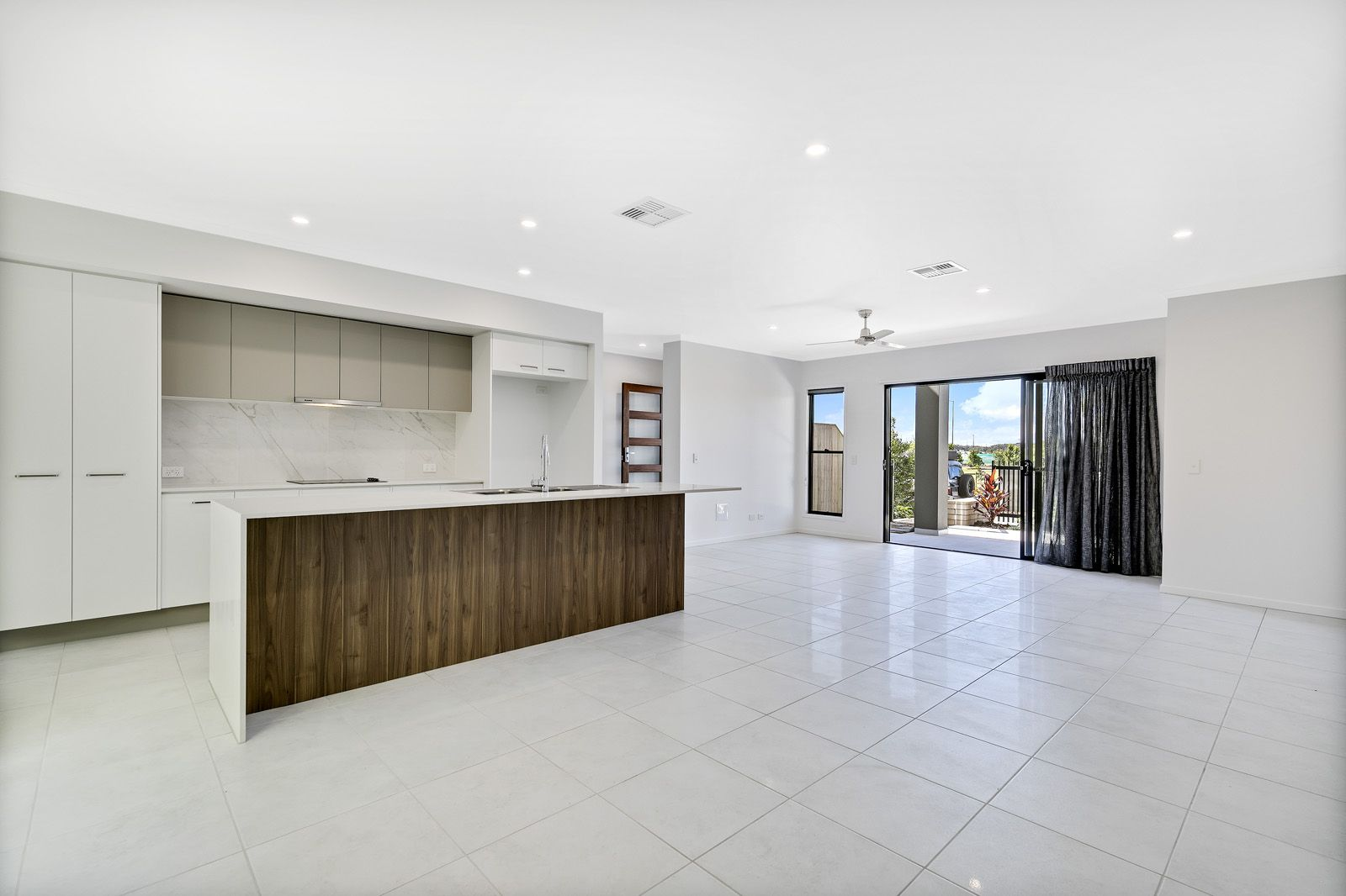 17 Greenview Terrace, Palmview QLD 4553, Image 2