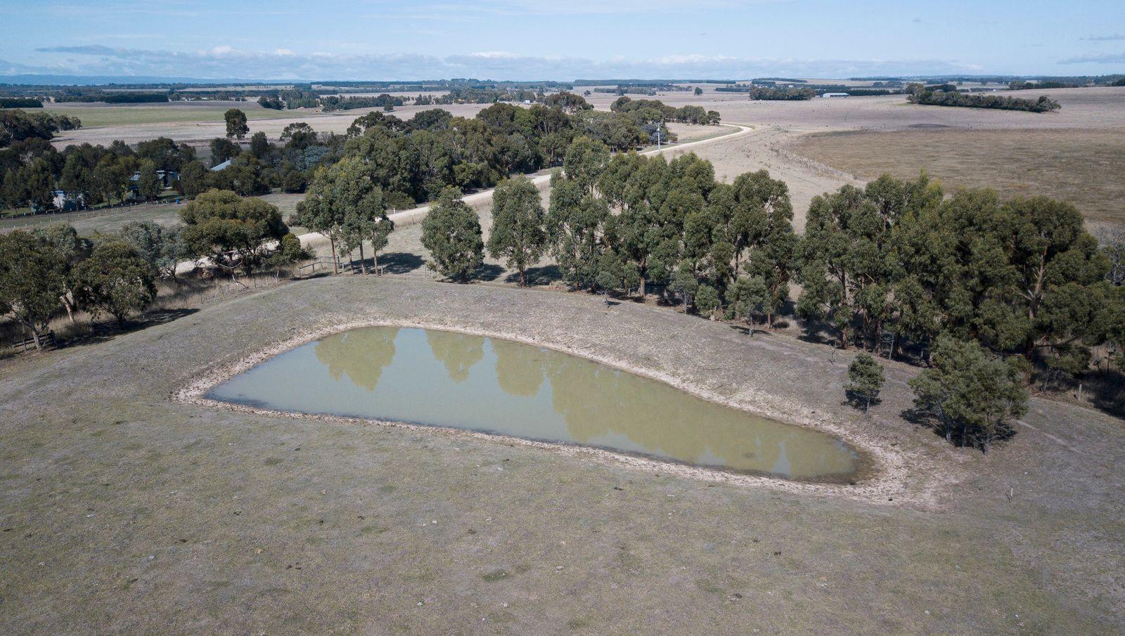 40 Ayreys Reserve Road, Warncoort VIC 3243, Image 1