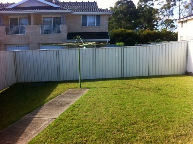 4/16 Cadogan Road, Macquarie Fields NSW 2564, Image 1