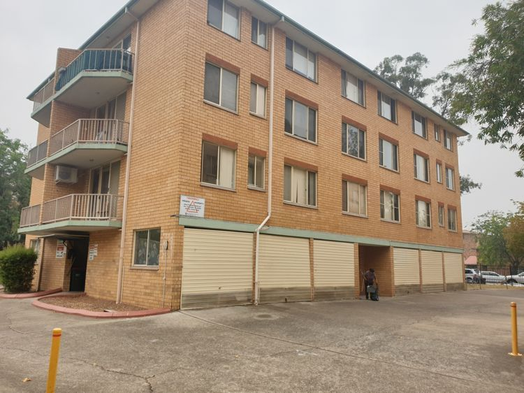 33/3 Riverpark Drive, Liverpool NSW 2170, Image 0