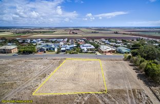 Picture of 4A Hilltop Avenue, Qunaba QLD 4670