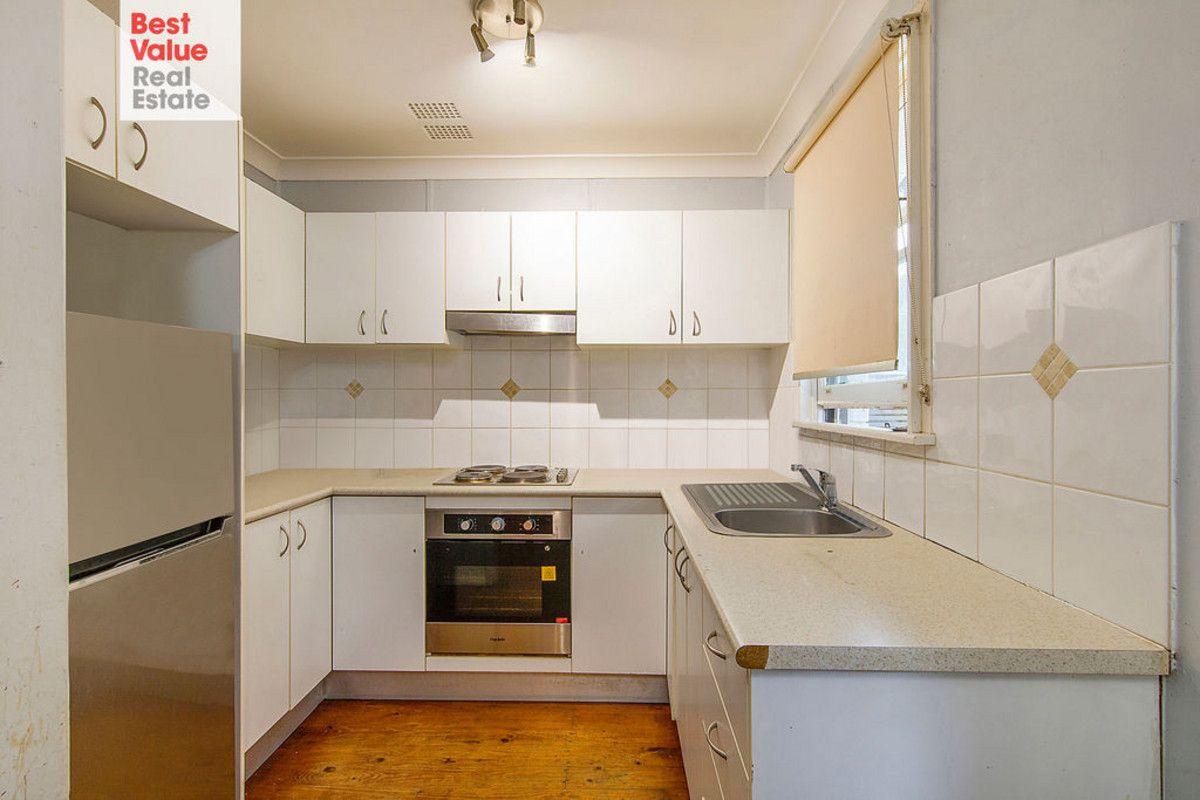 31 Luzon Avenue, Lethbridge Park NSW 2770, Image 2