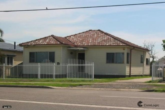 Picture of 3 Ettalong Road, GREYSTANES NSW 2145