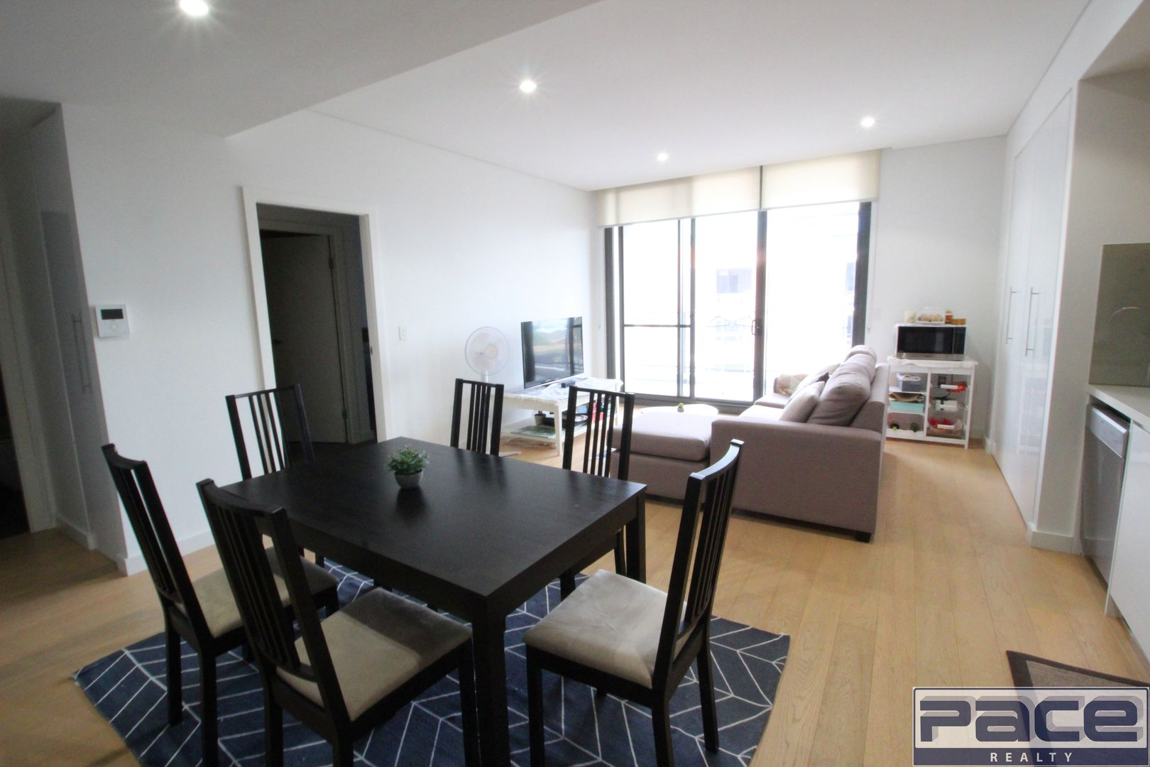 2BED+STUDY/13 Angas Street, Meadowbank NSW 2114, Image 2