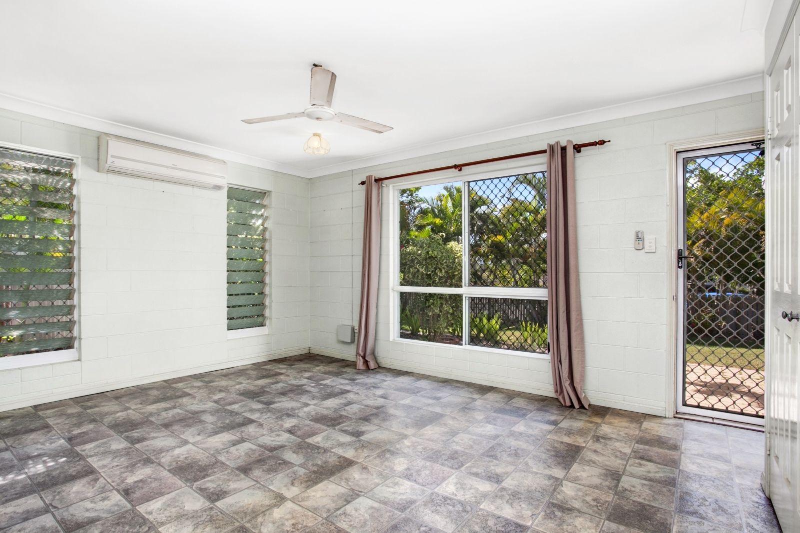 51 Brooks Street, Railway Estate QLD 4810, Image 2