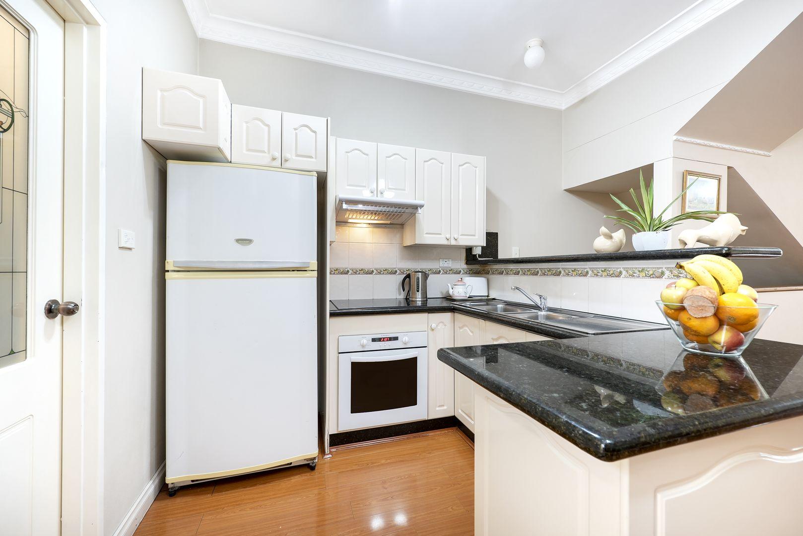2/2 Macquarie Road, Earlwood NSW 2206, Image 2