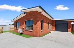 Picture of Unit 2/2 Barleen Place, West Ulverstone TAS 7315