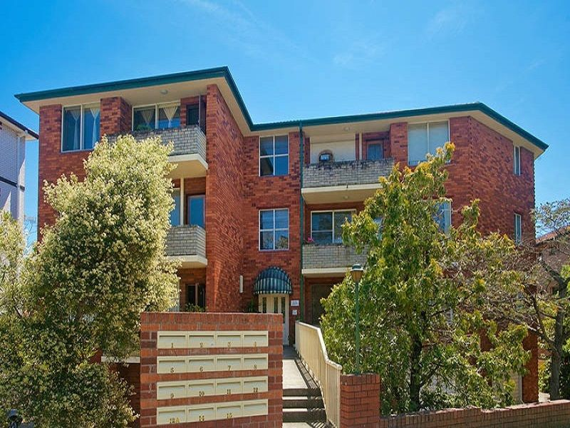 2 bedrooms Apartment / Unit / Flat in 12A/9-11 Railway Street KOGARAH NSW, 2217