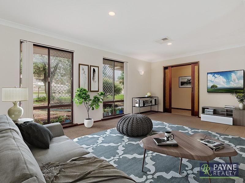 10 Barbrook Way, Warnbro WA 6169, Image 0