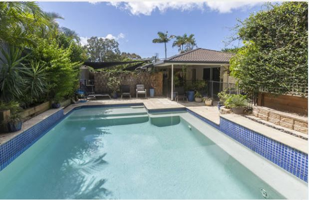 16 Babirra Street, Hope Island QLD 4212, Image 0