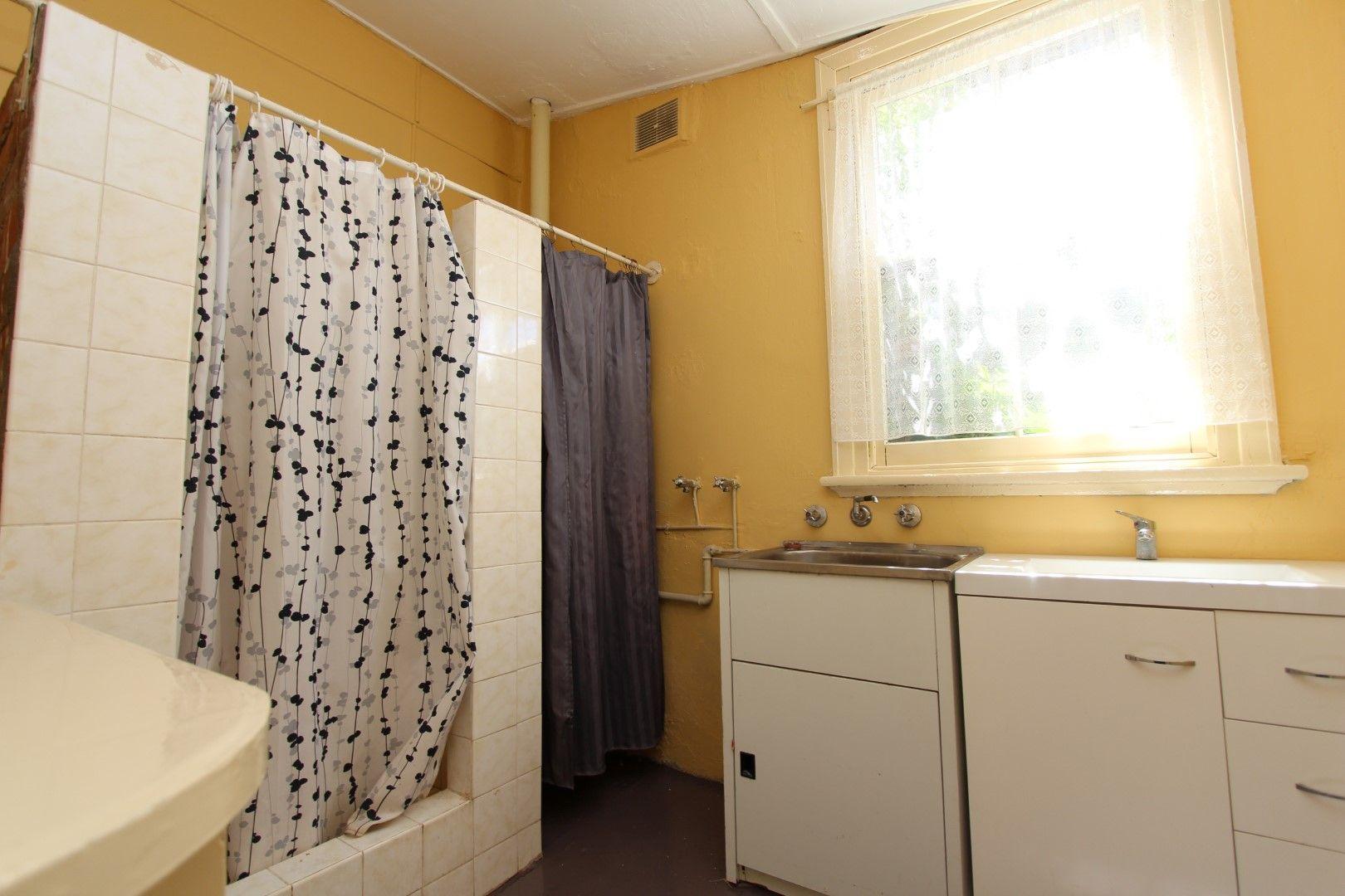 1/39 Keppel St, Bathurst NSW 2795, Image 2
