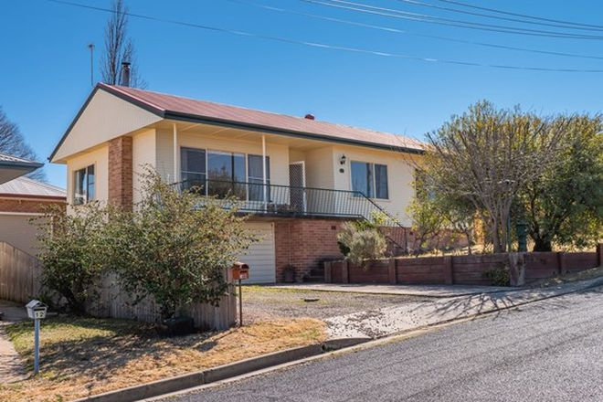 Picture of 10 Kelly Ave, ARMIDALE NSW 2350