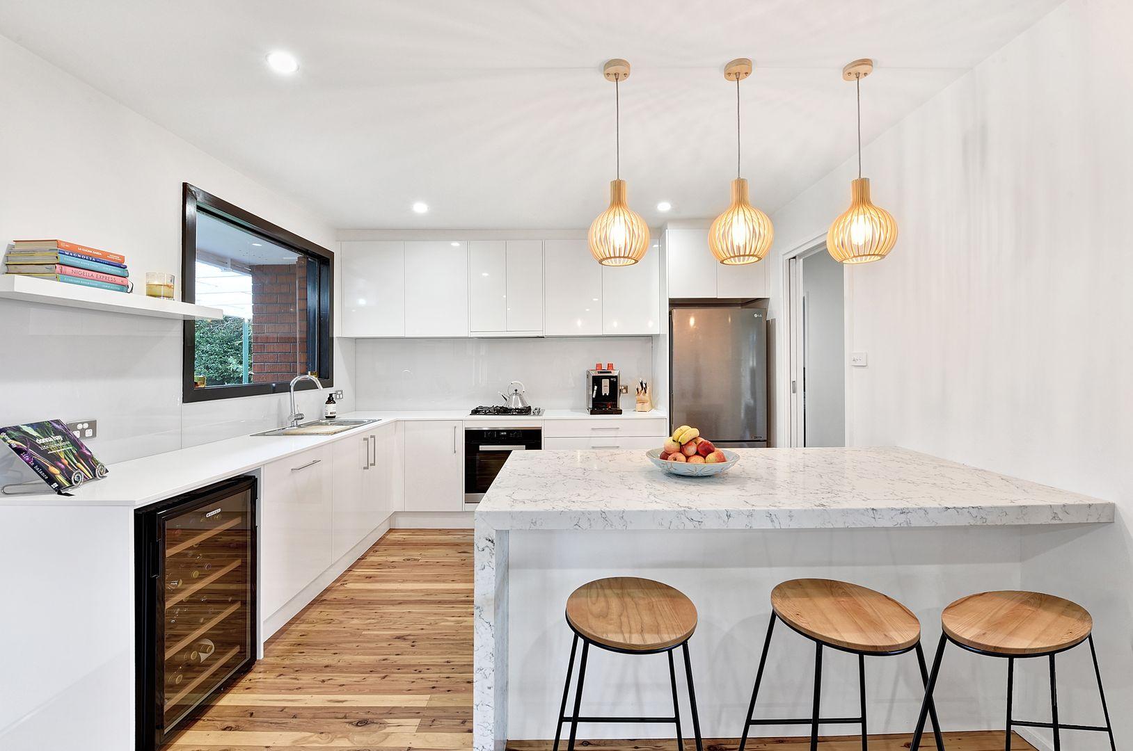 37 Dareen Street, Beacon Hill NSW 2100, Image 2