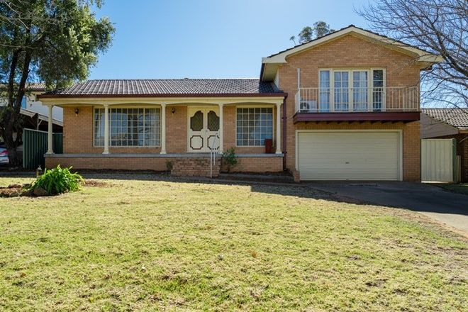 Picture of 32 Beveridge Crescent, DUBBO NSW 2830