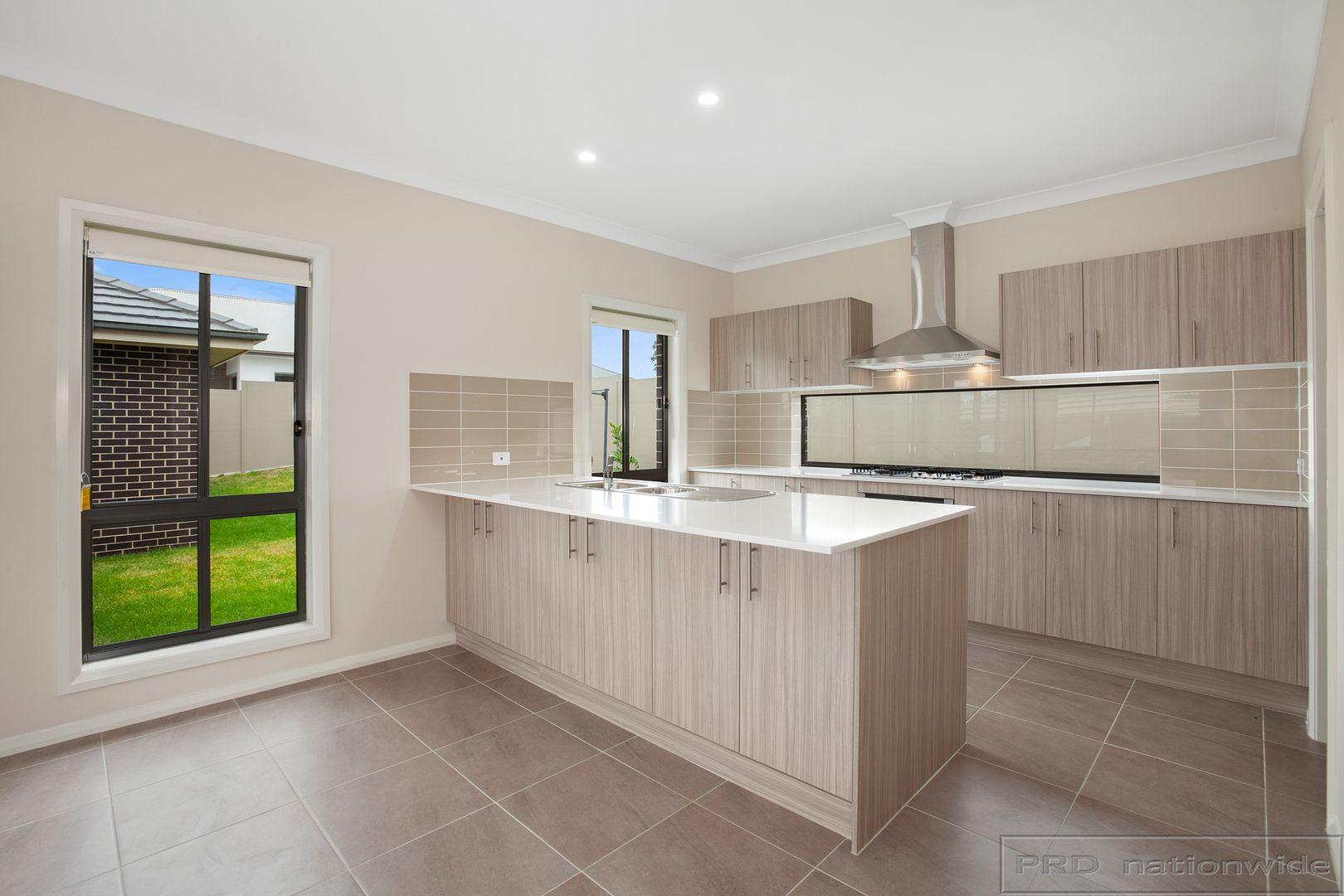 18 Ellerton Avenue, North Rothbury NSW 2335, Image 1