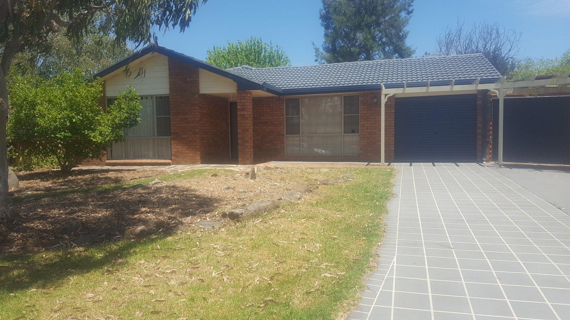 7 Howard Place, Armidale NSW 2350, Image 0