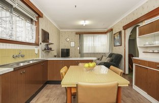 Picture of 137 Mount View Road, Lalor VIC 3075