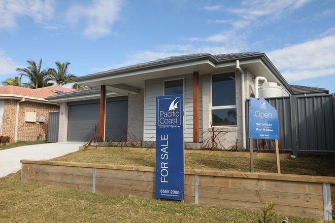 Picture of 13 The Corso, FORSTER NSW 2428