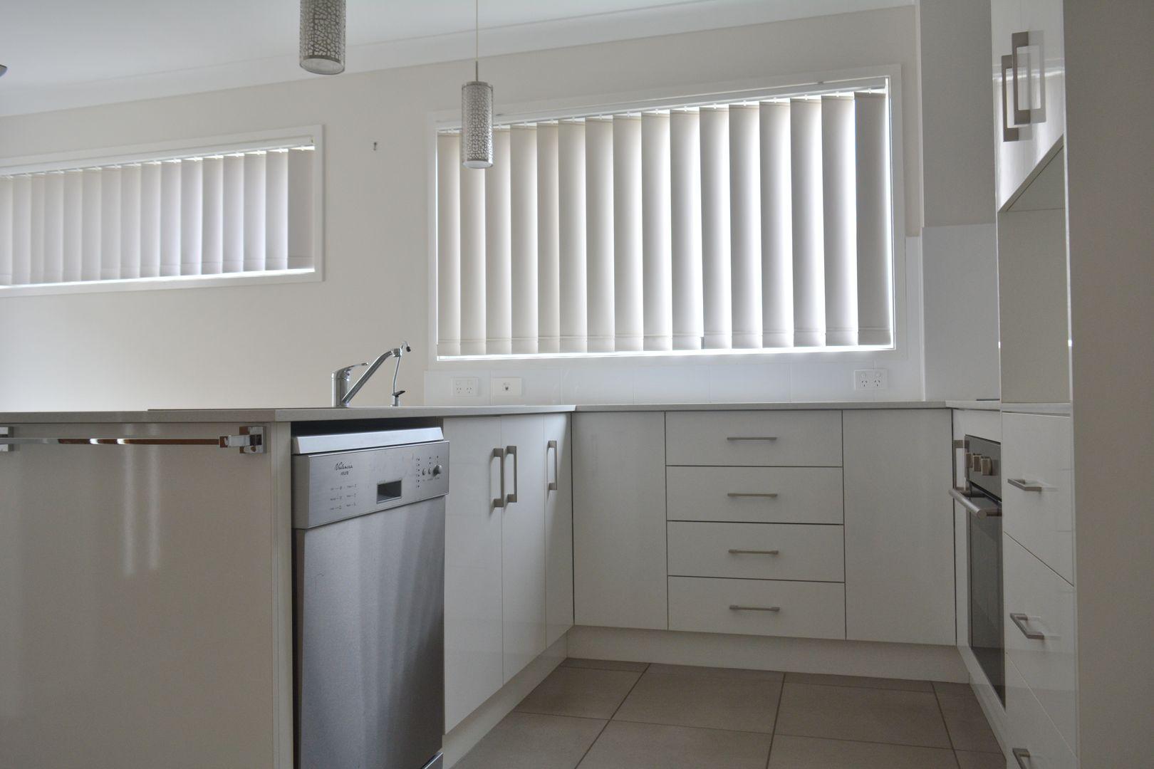 9/8 Colvin Street, Drayton QLD 4350, Image 2