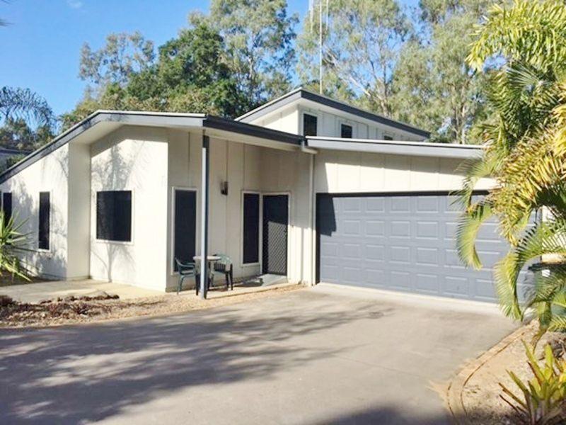 2/4 KENTIA, Moore Park Beach QLD 4670, Image 2