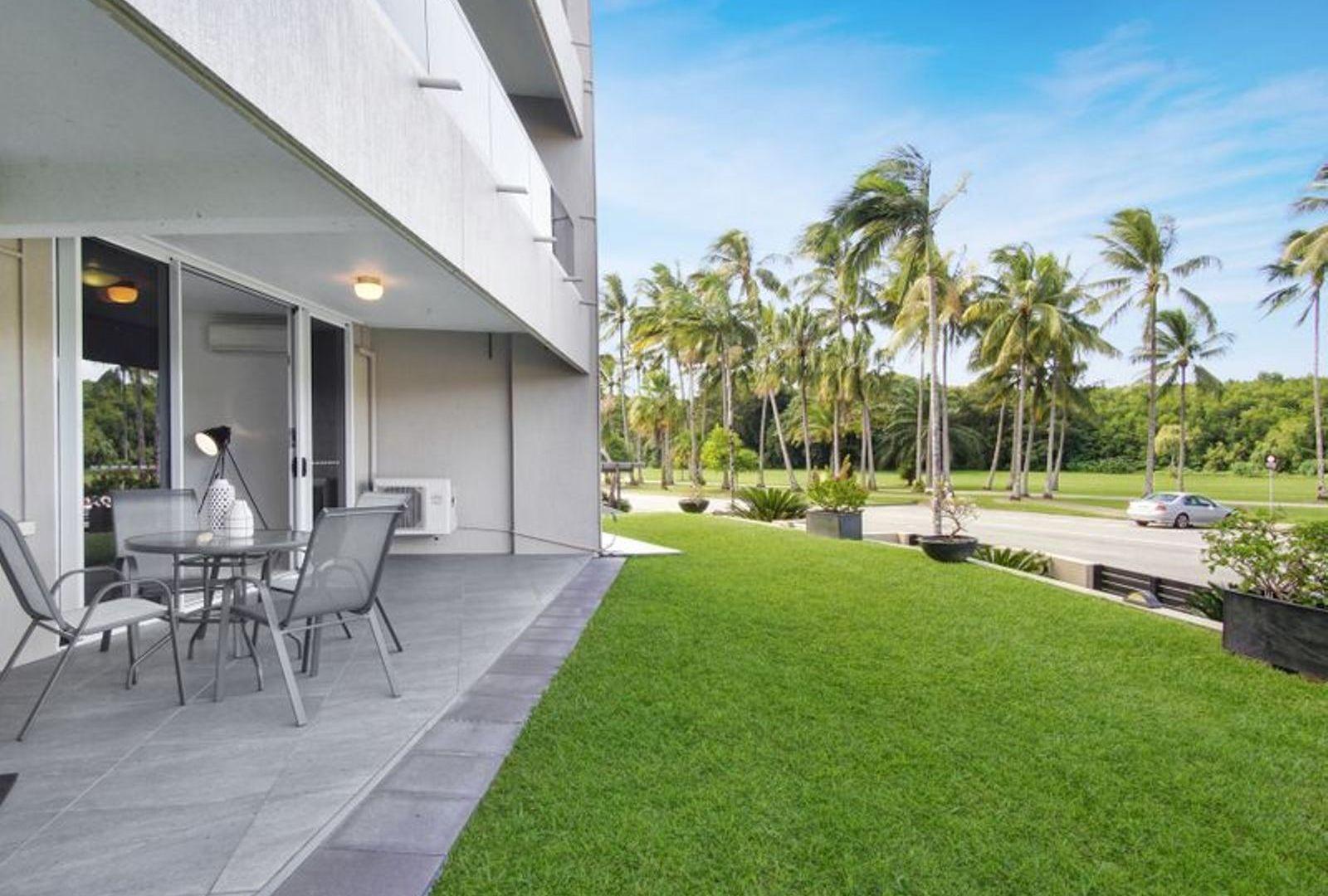 2/281 The Esplanade, Cairns North QLD 4870, Image 2