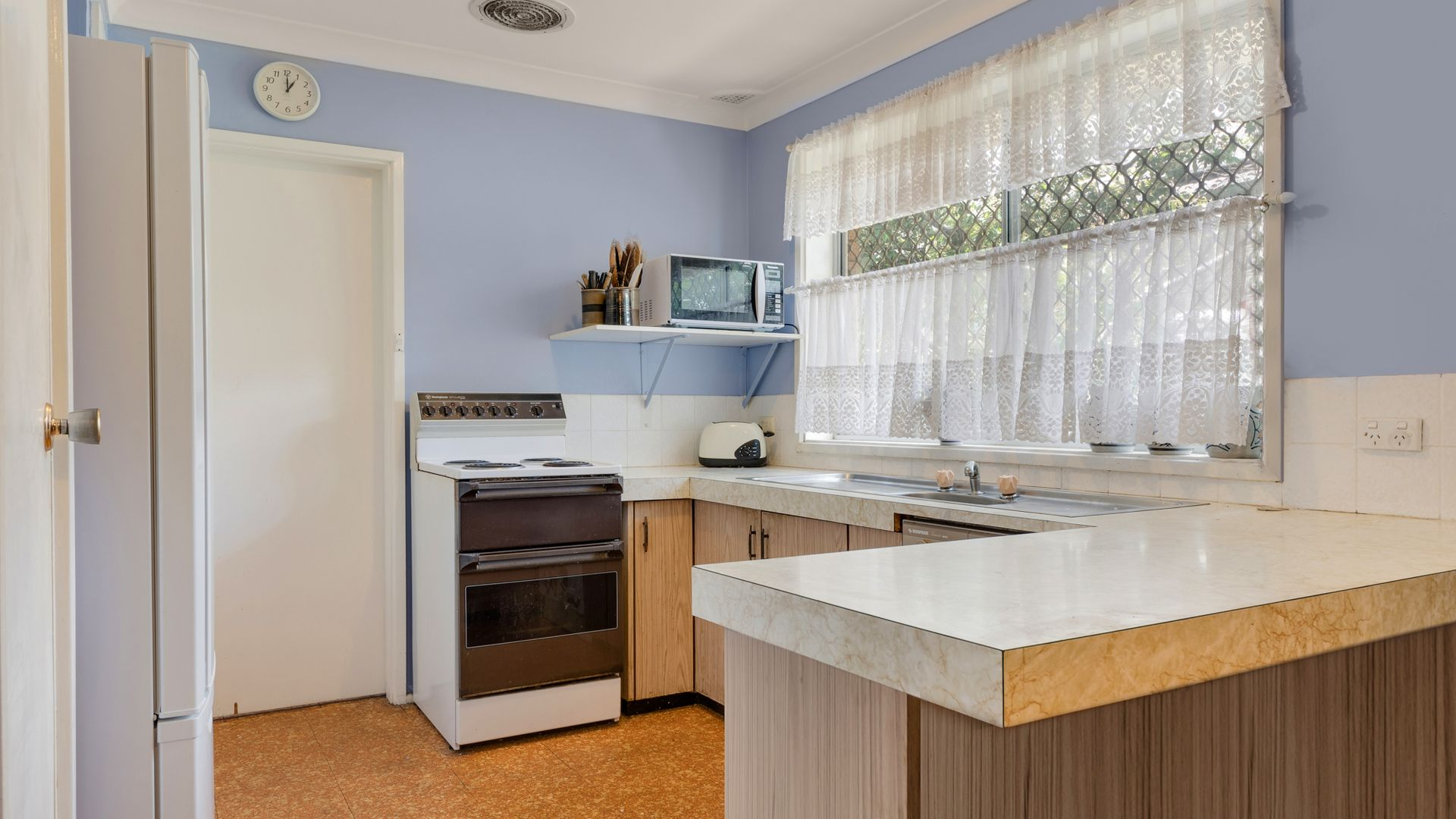 Bradbury NSW 2560, Image 2