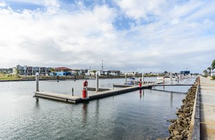Picture of 8 Benetti Crescent, Hope Island QLD 4212