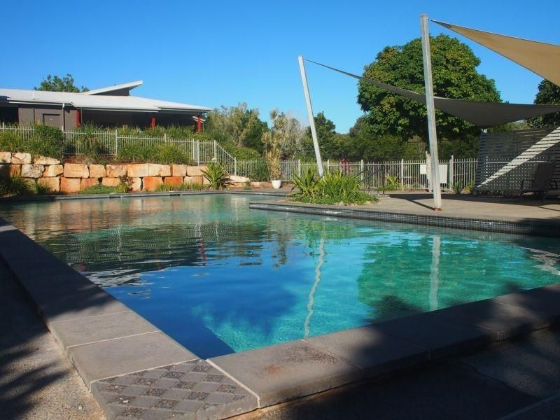 10 Keswick Place, Redland Bay QLD 4165, Image 2