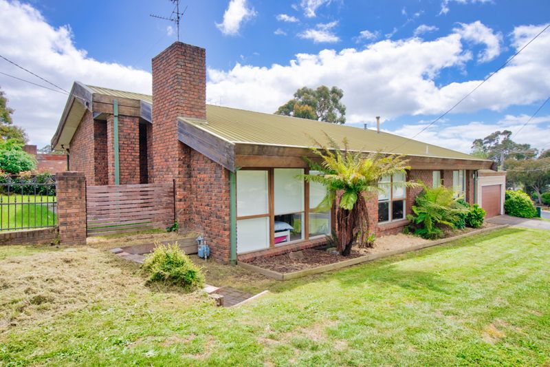 415 Tinworth Avenue, Mount Clear VIC 3350, Image 0
