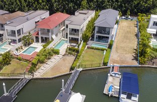 Picture of 2233 Glengallon Way, Hope Island QLD 4212