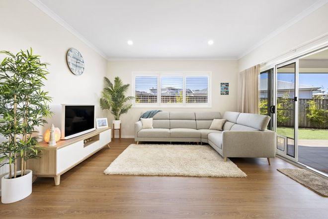 Picture of 27 Rockpool Road, CATHERINE HILL BAY NSW 2281