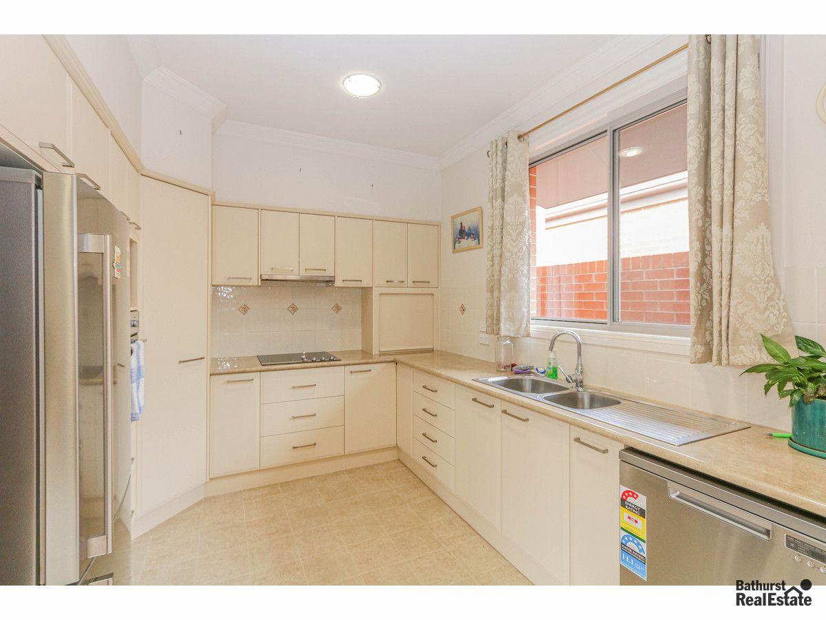 21/48 Rosemont Avenue, Kelso NSW 2795, Image 1
